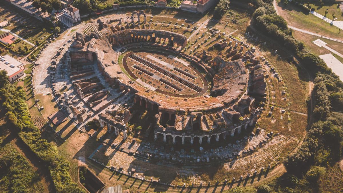 Amphitheater von Capua aus der Luft