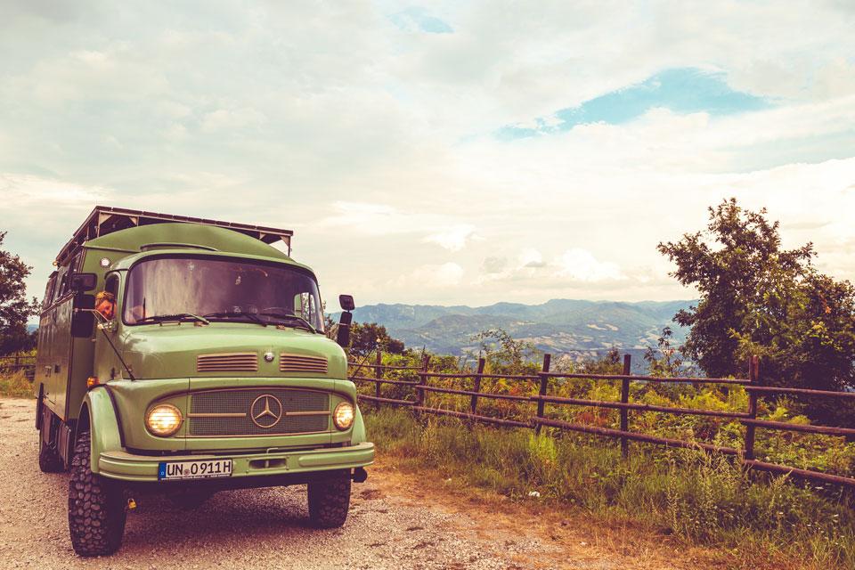 LKW in den Bergen der Toscana